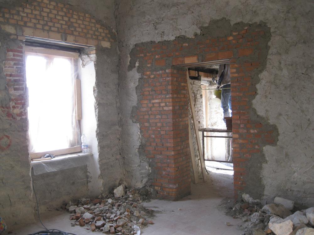 Realizzazione di scuci e cuci su muri portanti madis - Tracce su muri portanti ...